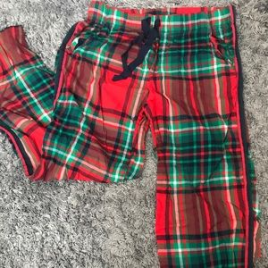Aerie plaid sleep pants.